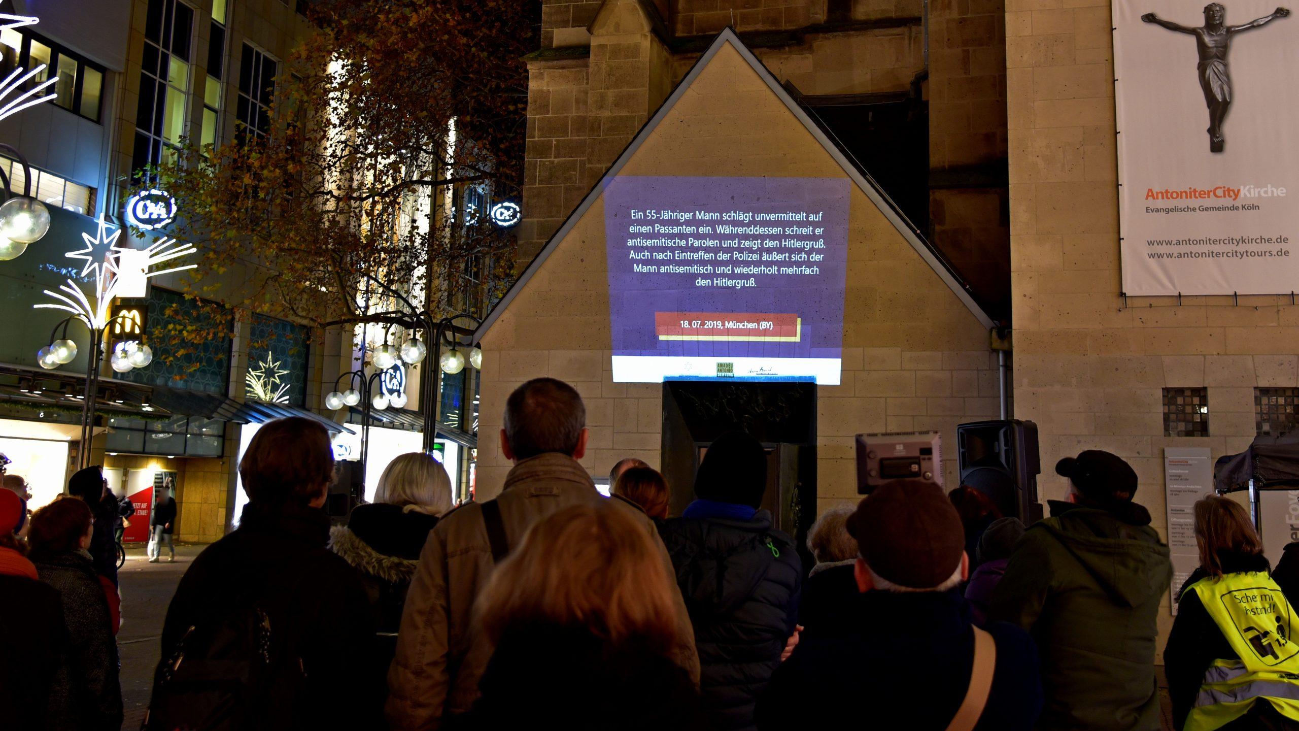 Öffentliche Projektion antisemitischer Straftaten – Ein Zeichen gegen Antisemitismus und für eine offene Gesellschaft.
