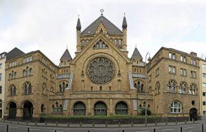 ACK Köln und Stadtdechant Robert Kleine verurteilen Angriffe auf Synagogen und Antisemitismus